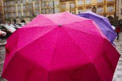 Chuva na cidade foto de stock