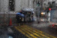 Chuva na janela stock images