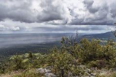 Chuva nas montanhas de Ural Foto de Stock