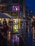 Chuva nas ruas de Belgrado Imagem de Stock