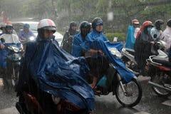 Chuva pesada, estação das chuvas na cidade de Ho Chi Minh Imagens de Stock