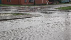 Chuva pesada na rua filme