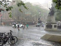 Chuva violenta em Melbourne foto de stock royalty free