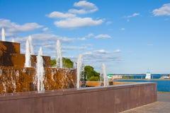 Chuvashiya, πηγές Cheboksary στην πόλη Στοκ φωτογραφίες με δικαίωμα ελεύθερης χρήσης