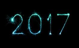 2017 chuveirinhos do fogo de artifício do ano novo feliz Foto de Stock Royalty Free