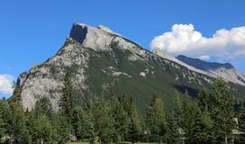 Chwalebnie góra Rundle Obrazy Stock
