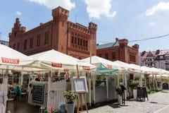 Chwilowe kawiarnie przed urzędem miasta w Kolobrzeg Fotografia Stock