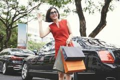 Chwytający taxi zdjęcia stock
