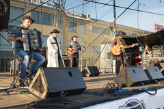 Chybienie Scania. Muzyka country koncert. Obrazy Stock