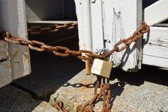 Ciérrese con Rusty Chain Fotografía de archivo