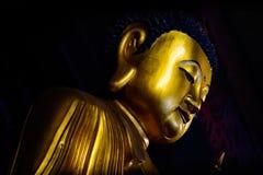 Ciérrese encima de Buda pacífico respetuoso Fotos de archivo libres de regalías