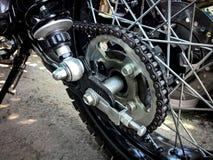 Ciérrese encima de cadena de la motocicleta imágenes de archivo libres de regalías