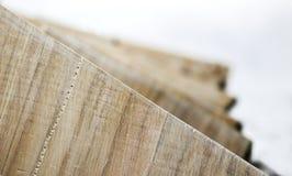 Ciérrese encima de fondo de madera de las torsiones de los tablones Fotografía de archivo