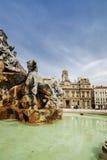 Ciérrese encima de la fuente al cuadrado de Terreaux en la ciudad de Lyon Imagenes de archivo