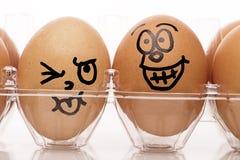 Ciérrese encima de la imagen de los huevos de Pascua divertidos Fotos de archivo libres de regalías