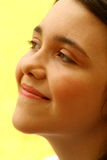 Ciérrese encima de la muchacha que soña despierto Imagen de archivo libre de regalías