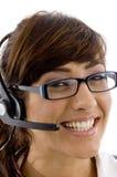 Ciérrese encima de la opinión el prestatario de servicios sonriente Foto de archivo libre de regalías