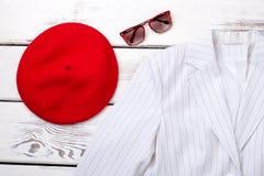 Ciérrese encima de la ropa y de los accesorios femeninos de la moda Fotografía de archivo libre de regalías