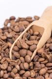Ciérrese encima de los granos de café macros Fotografía de archivo libre de regalías