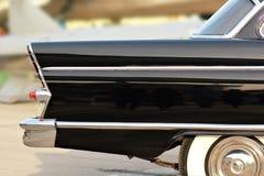 Ciérrese encima de un coche del vintage Fotografía de archivo