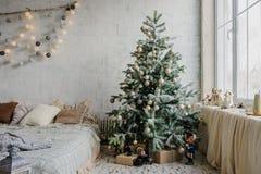 Ciérrese encima del árbol de navidad Imágenes de archivo libres de regalías