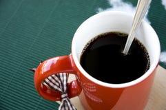 Ciérrese encima del café caliente Fotografía de archivo