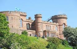Ciérrese encima del castillo de Inverness Imágenes de archivo libres de regalías