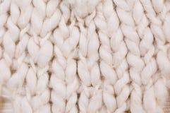 Ciérrese encima del detalle de lanas hechas punto Imagen de archivo