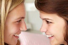 Ciérrese encima del retrato de adolescentes en perfil Imagen de archivo libre de regalías