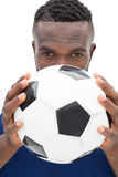 Ciérrese encima del retrato de un futbolista serio Fotografía de archivo libre de regalías
