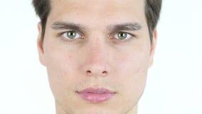 Ciérrese encima del retrato de un hombre joven hermoso metrajes