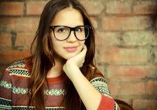 Ciérrese encima del retrato de una muchacha adolescente linda hermosa Fotos de archivo libres de regalías