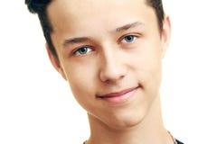 Ciérrese encima del retrato del adolescente lindo sonriente de los jóvenes Imagen de archivo