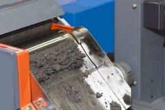 Ciérrese encima del separador magnético de la máquina para el material ferroso y no ferroso separado imagen de archivo libre de regalías