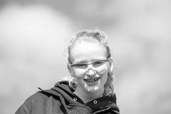Ciérrese para arriba de adolescente en desgaste de la seguridad Imagenes de archivo