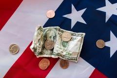 Ciérrese para arriba de bandera americana y del dinero Imagen de archivo libre de regalías