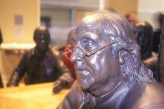 Ciérrese para arriba de Ben Franklin en el centro nacional Philadelphia Pennsylvania de la constitución imagen de archivo