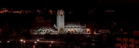 Ciérrese para arriba de Boise Train Depot en la noche Imagen de archivo