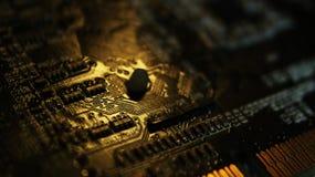 Ciérrese para arriba de circuitos electrónicos en tecnología en Mainboard, cuadro de sistema o mobo Placa madre del ordenador, co imagen de archivo libre de regalías