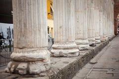 Ciérrese para arriba de columnas Foto de archivo