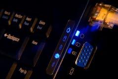 Ciérrese para arriba de conexiones de la computadora portátil Imagen de archivo libre de regalías
