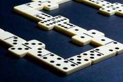Ciérrese para arriba de dominós. fotografía de archivo libre de regalías