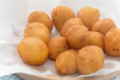 Ciérrese para arriba de Fried Sweet Potato Balls Fotografía de archivo