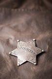 Ciérrese para arriba de insignia del sheriff Imagenes de archivo