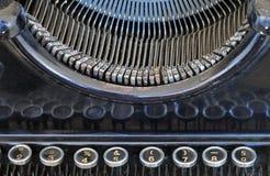 Ciérrese para arriba de la máquina escribir vieja Imagen de archivo libre de regalías