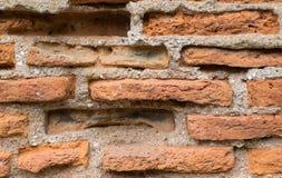 Ciérrese para arriba de la pared de ladrillo sucia vieja Foto de archivo libre de regalías