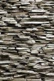 Ciérrese para arriba de la pared de piedra de la naturaleza Foto de archivo libre de regalías