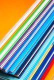 Ciérrese para arriba de la pila de libros coloridos fotografía de archivo libre de regalías
