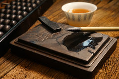 Ciérrese para arriba de la tienda vieja china, foco en la caligrafía fotografía de archivo libre de regalías