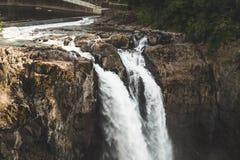 Ciérrese para arriba de las caídas de Snoqualmie en Washington Fotos de archivo